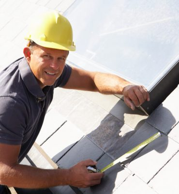 What to Look for When Hiring a Roofer in Florida