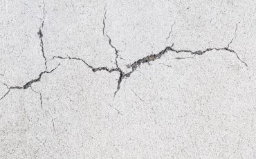 How to Repair Cracks in Render